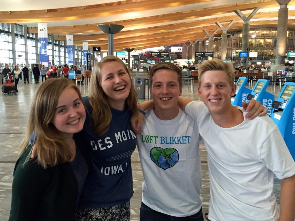 Ingrid, Johanne, Magnus og Sindre var ganske spente på hva som ventet dem i Laos.